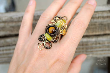 Fall wire wrapped ring with tiger eye
