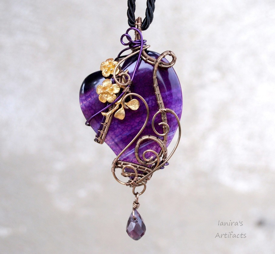 Purple heart wire wrapped pendant by ianirasartifacts on deviantart purple heart wire wrapped pendant by ianirasartifacts mozeypictures Gallery