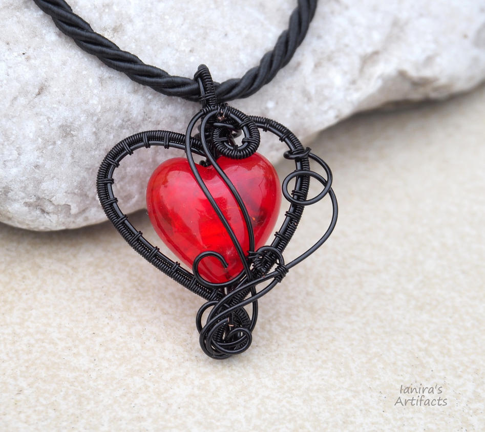 Red heart wire wrapped goth pendant by IanirasArtifacts