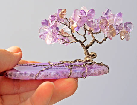 Wire tree sculpture with tanzanite and agate