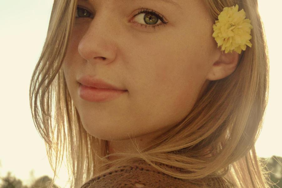 Little Sunshine by maureeza