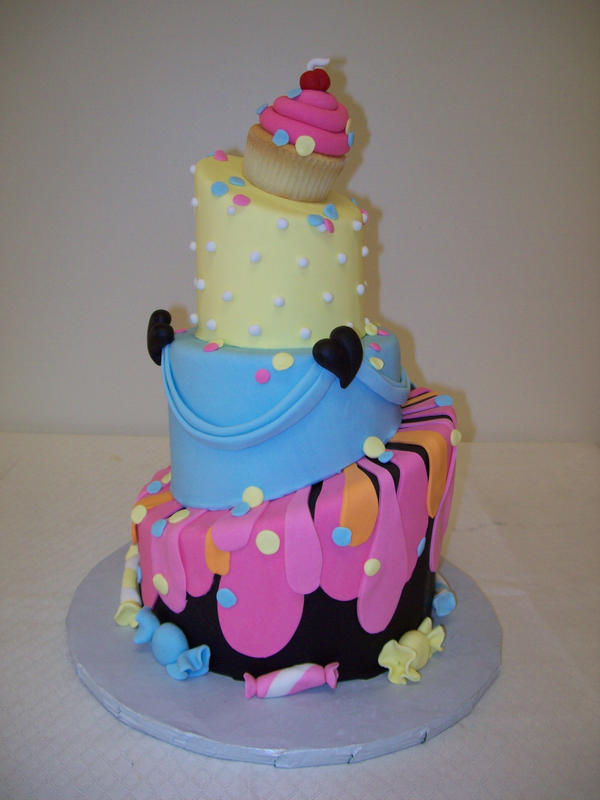Topsy Turvy cake by see-through-silence