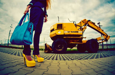 Colourful World with Heels: Yellow / Blue