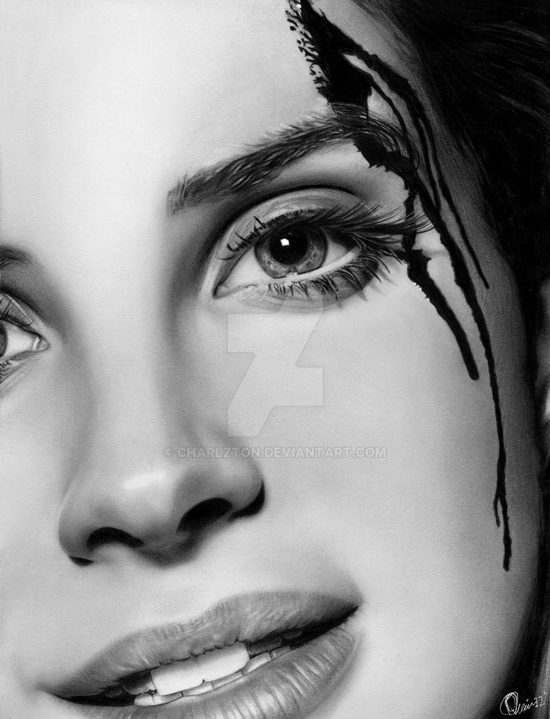Lana del rey close up 2