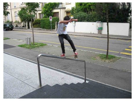 My 1st Handrail: FS Boardslide