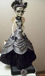 Custom Monster High Day of the Dead Skelita 'anel'
