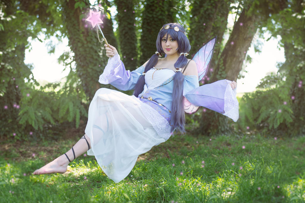I belive i can fly- Nozomi, love live cosplay by Giuzzys