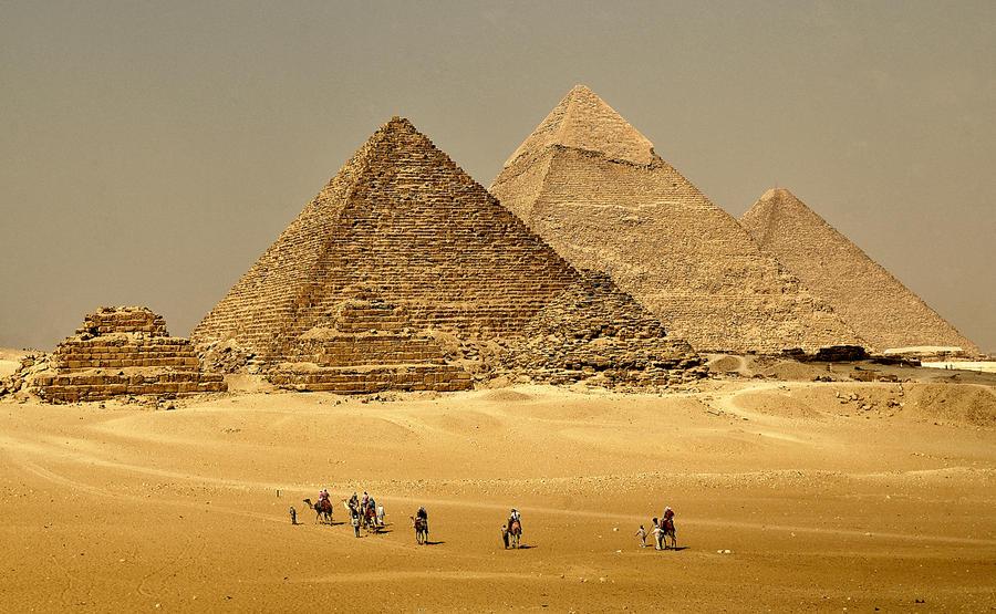 Journey to the Pyramids by P-a-i-k-e-a