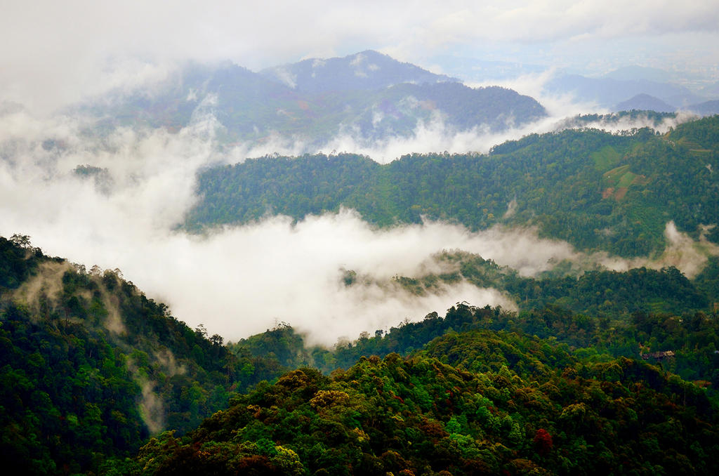 Genting Highlands by P-a-i-k-e-a