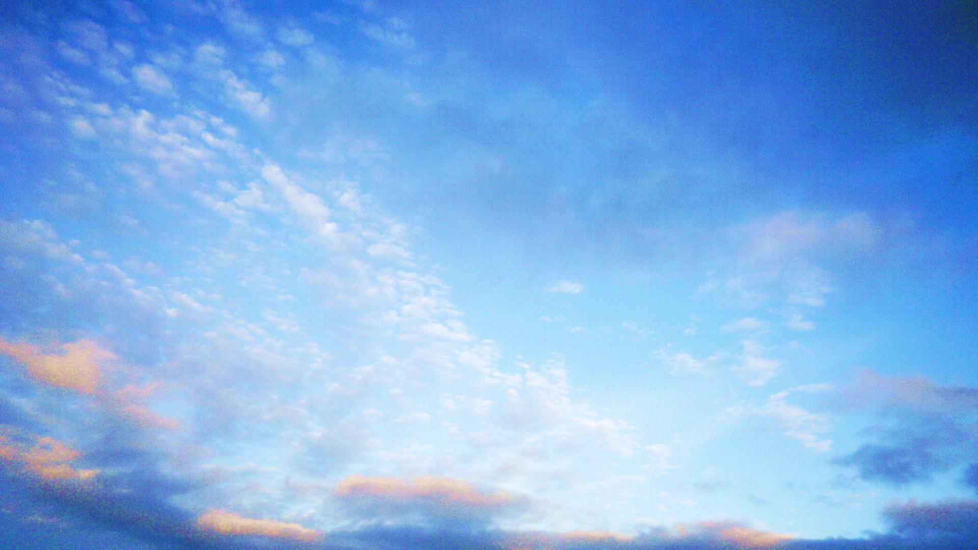 Blue Blue Sky by Niwaa on DeviantArt