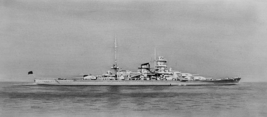 Battlecruiser Scharnhorst by RainerKalwitz