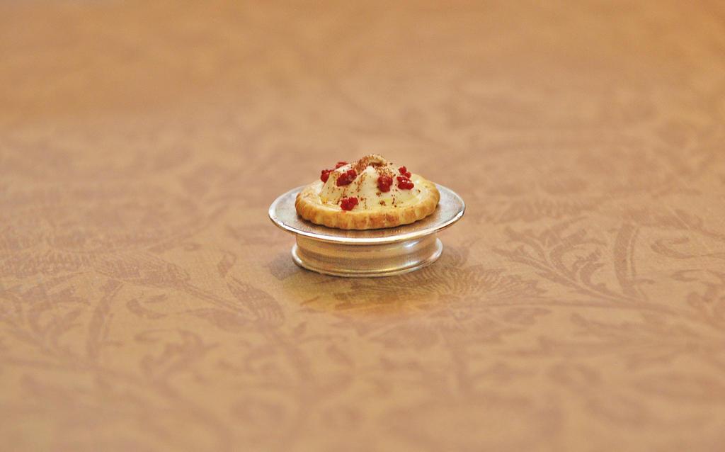 Raspberry Meringue Tart by PoppyCorn99