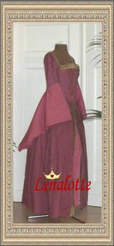 Tudor Gown, sideview by lenalotte
