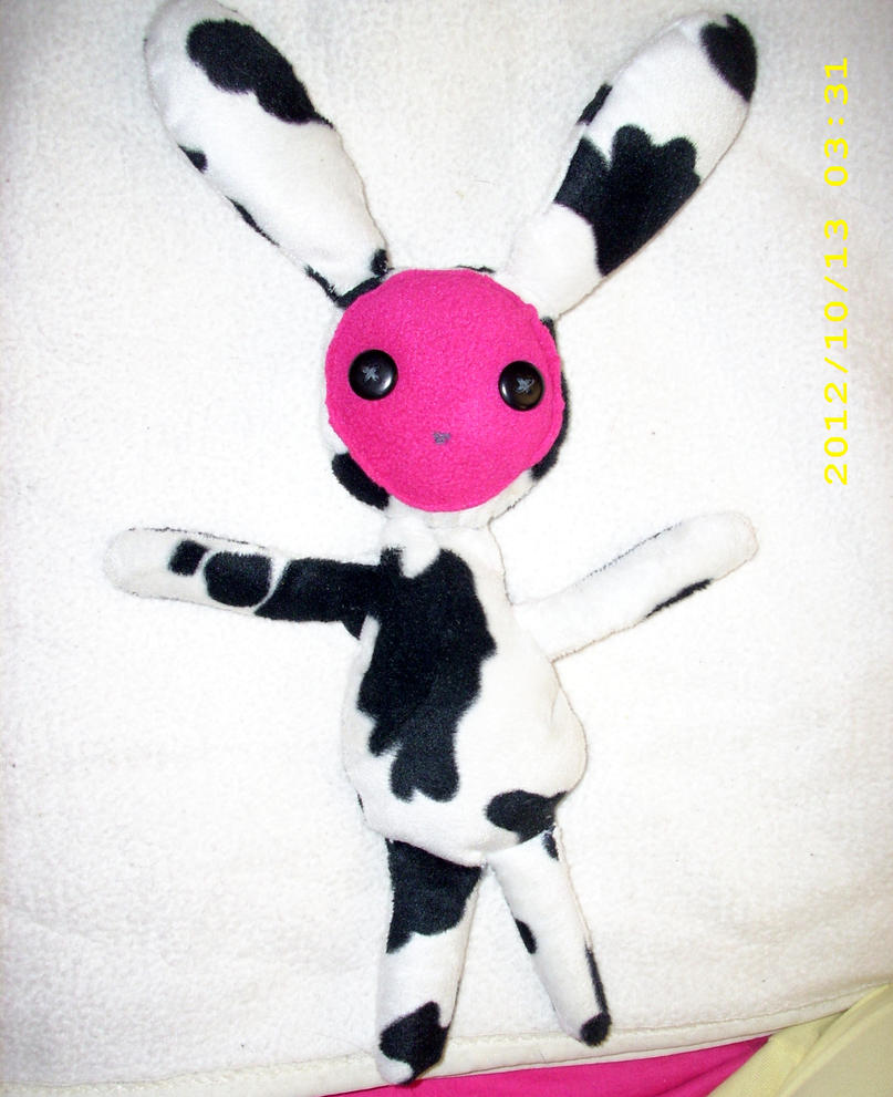 Cow-bun, the Plush Pal Plushy by kratosisy