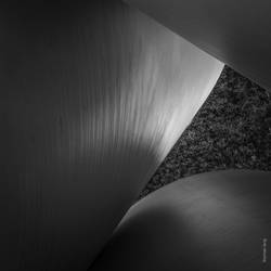 Simplicity of Form by tholang