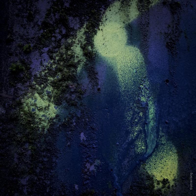 Glooming Shadows by tholang
