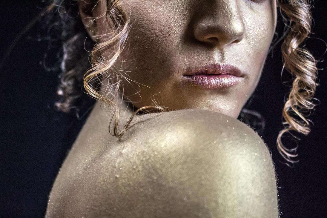 Fools Gold by lovehate-eternal