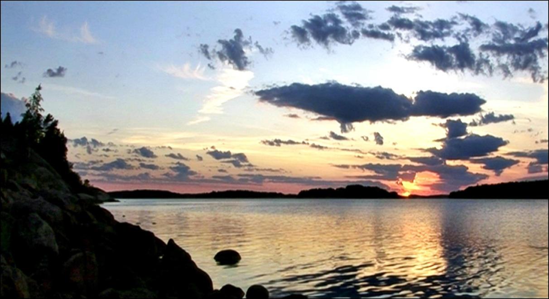 Beautyful Arcipelago Evening by eskile