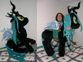 Life size Queen Chrysalis by Bladespark