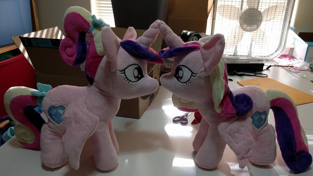 A Pair of Princesses by Bladespark