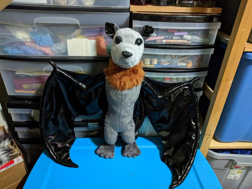 Big Fruit Bat by Bladespark