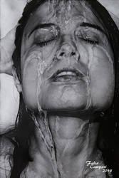 Ragazza bagnata dall'acqua - Pencil on paper