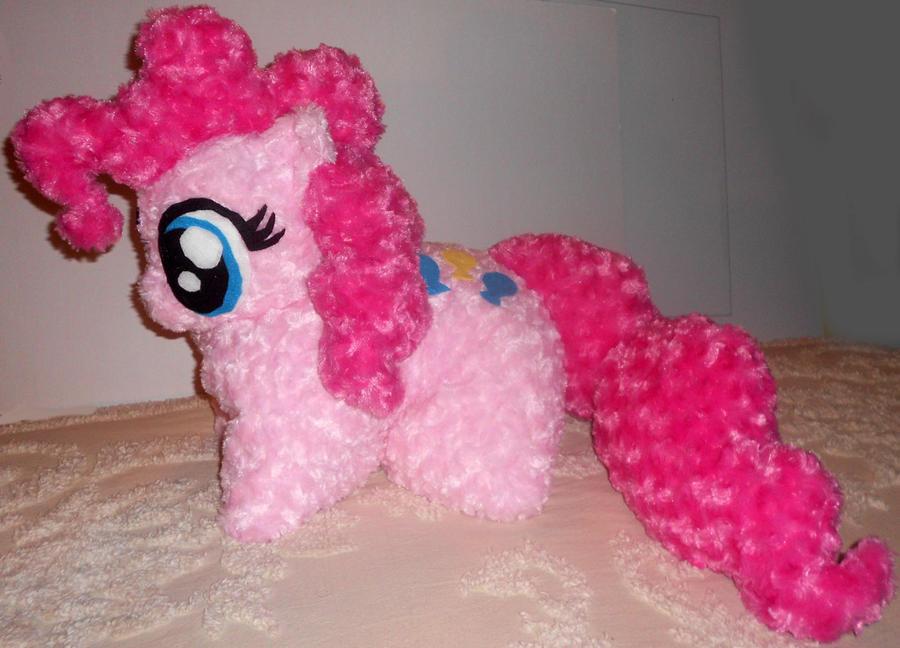 Pinkie Pie Pillow Pet #4056 by Sophillia