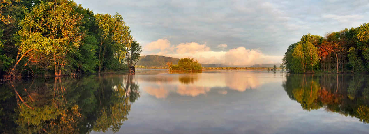 Trempealeau at sunrise by ariseandrejoice