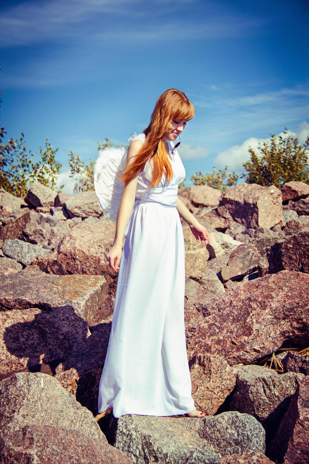 Angel by lintu13bird13