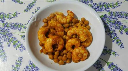 Shrimp chickpeas and curry