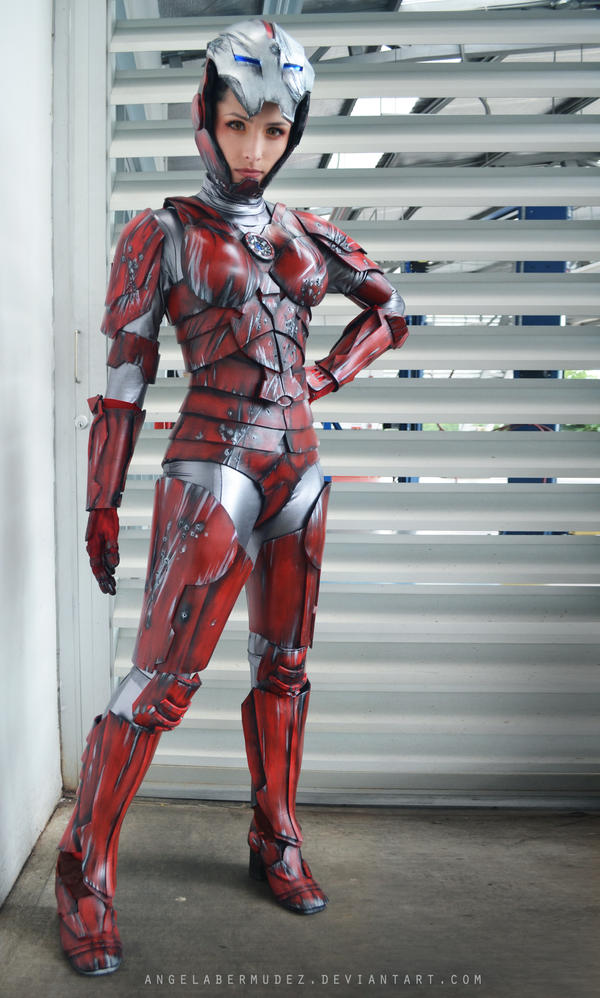 Virginia 'Pepper' Potts by AngelaBermudez