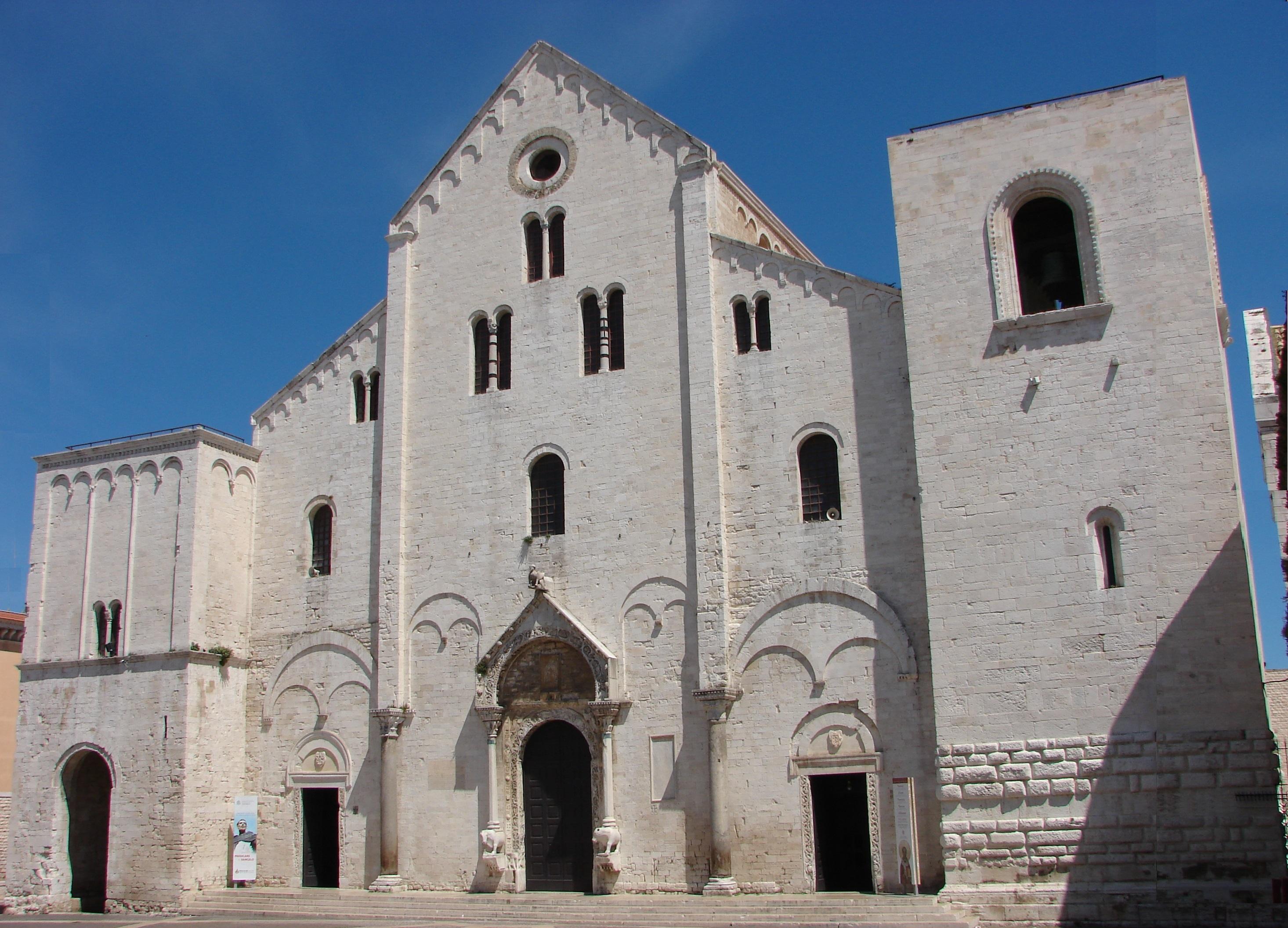The Basilica of Bari by BricksandStones