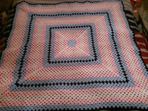 Transgender'esk flag blanket - for sale by DWCreations2014
