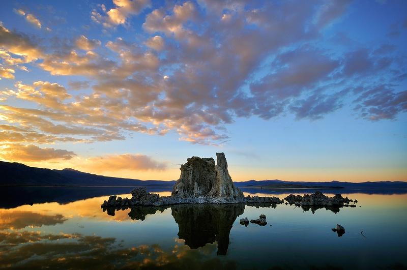 Mono Lake Sunset by enunez