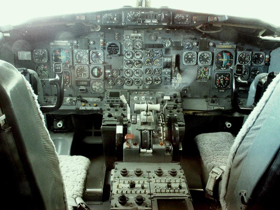 Boeing 737 clockwork cockpit by NinjaPickle
