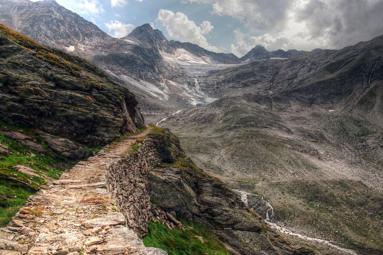 Old Gold Miner's Trail by Burtn
