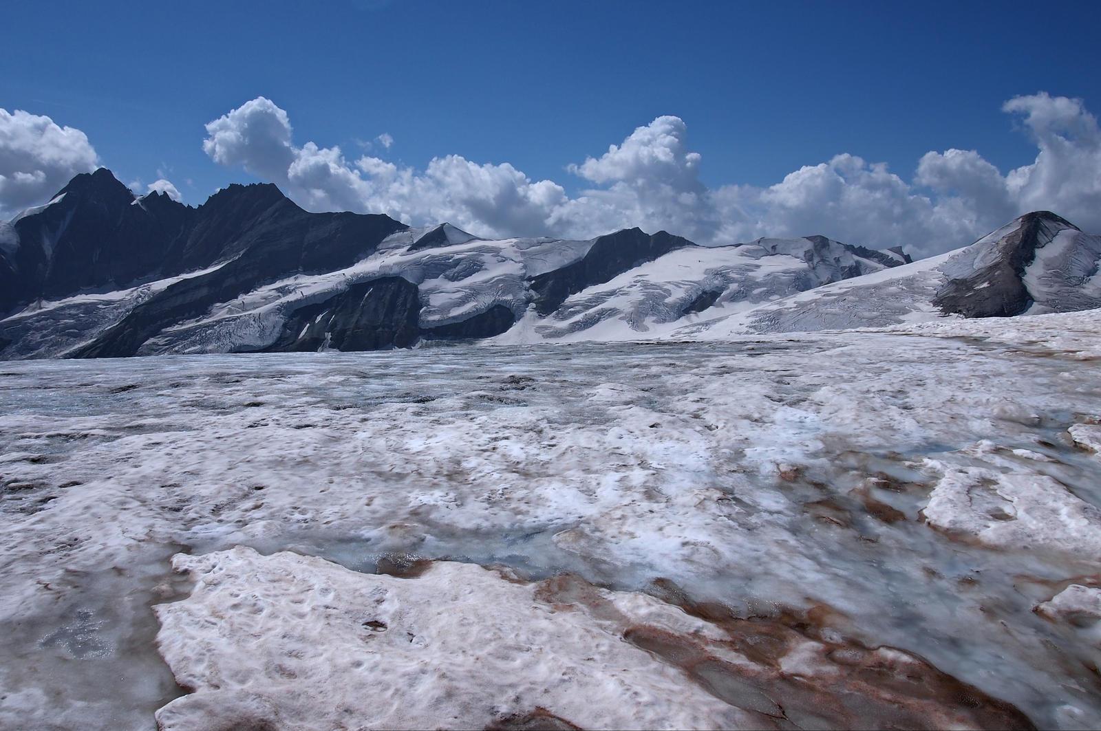 Desert Of Ice by Burtn