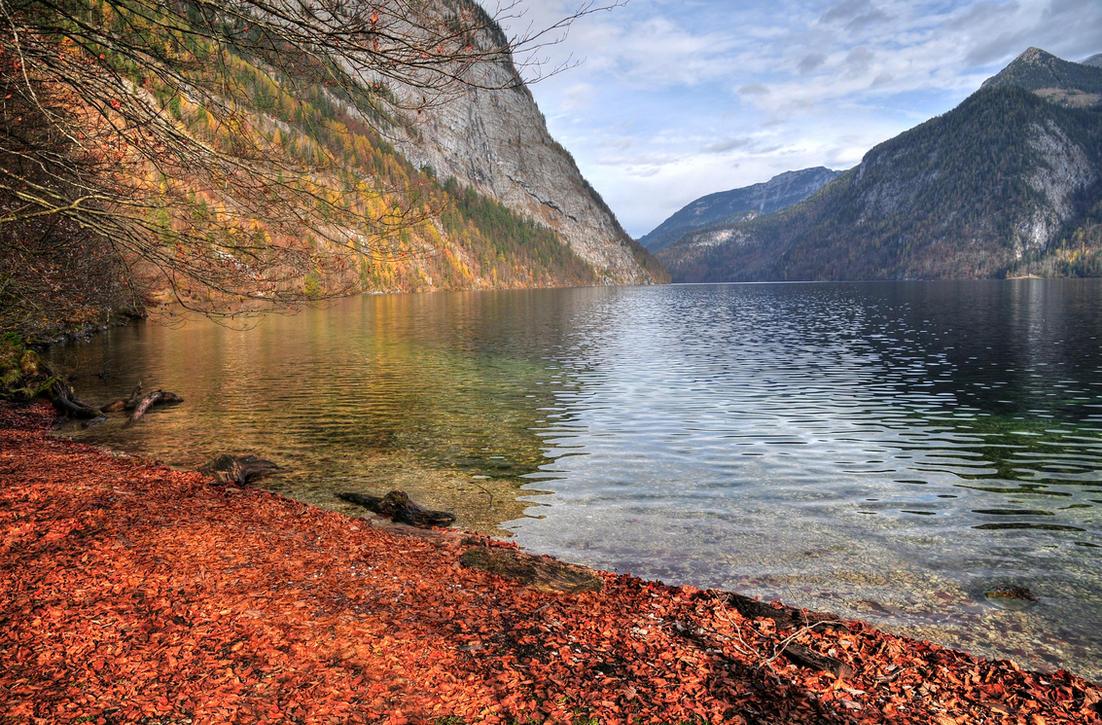 Silent Autumn Bay by Burtn