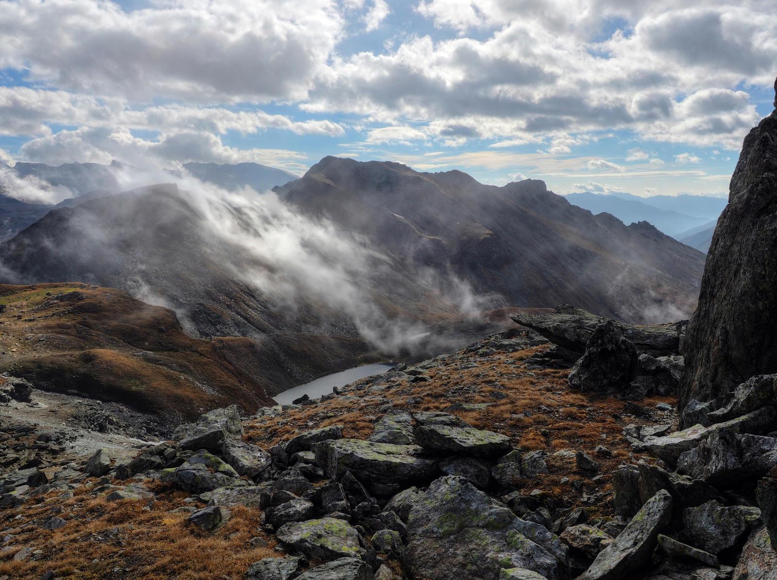 Stormy Oktober by Burtn