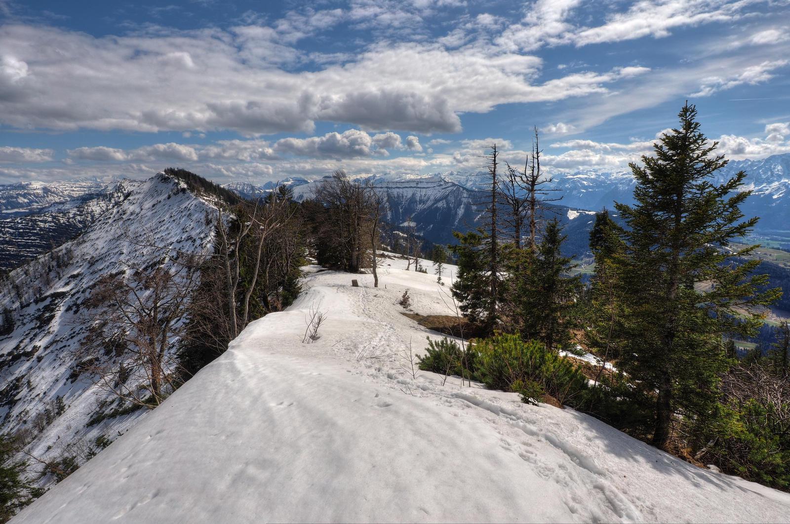 On The Snowy Edge by Burtn