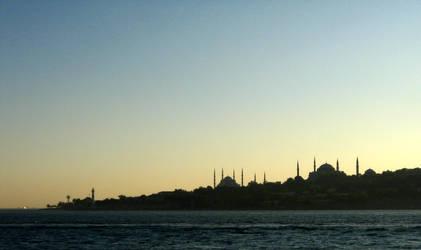 Istanbul silhouette by iraqifreak
