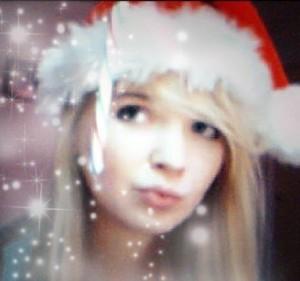 CrystalWolfXx's Profile Picture