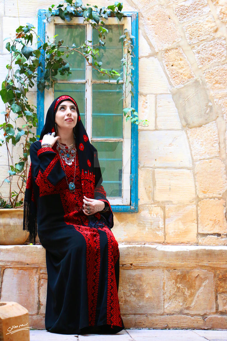 traditional palestinian clothes by neven1
