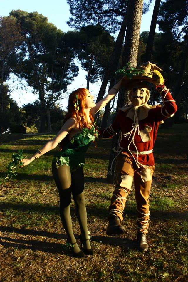 Scarecrow and Poison Ivy 1