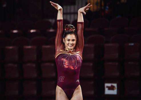 Plaksa Gianna gymnast girl 3