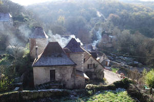 Cold weather smoky houses 2