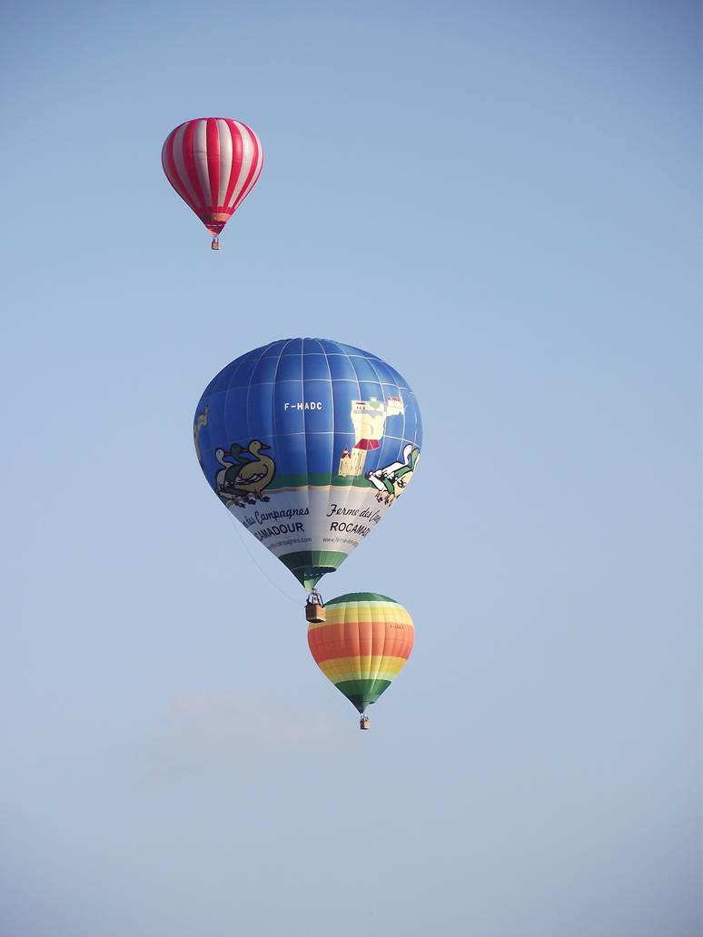 Balloons over Rocamadour 25