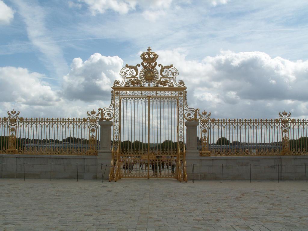 Versailles gate 2 by HermitCrabStock