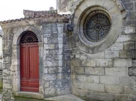 Medieval door and oculus - Cahors 16 by HermitCrabStock