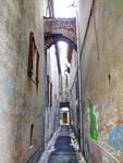 Medieval street - Cahors 23